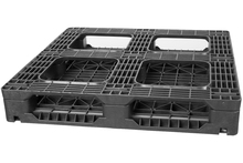 GS.37.37.6R4 - Full Picture Frame Recycled Plastic Beverage Pallet w/ 4 Rods ()